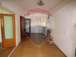 Apartament 3 camere Casa Vranceana