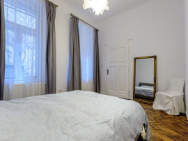 Apartament clasic modern, ultracentral.