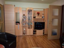Apartament cu 3 camere semidecomandat, cartier Grigorescu