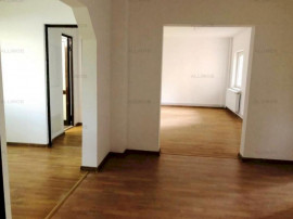 Apartament 4 camere nemobilat in Ploiesti, zona Gheorghe Doj