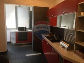 Apartament cu 5 camere in Dorobanti/ Capitale