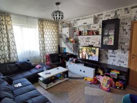Oportunitate Excelenta Apartament 3 Camere Etaj 2 , Zona ...