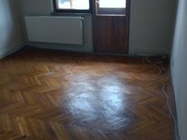 Faleza Nord apartament 4 camere, decomandat, 80mp, etaj 1