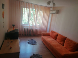Apartament cu 3 camere- de inchiriat- metrou N.Grigorescu