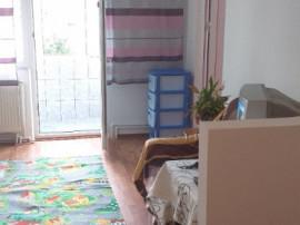 Apartament 2 camere Mioveni - central