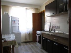 Apartament cu 3 camere, Cetate-Piata