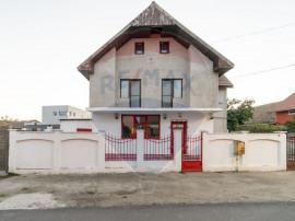 Spațiu comercial compus din 3 camere, in Vladimirescu