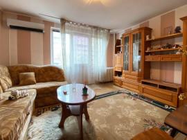 Apartament cu 2 camere - Bvd. Dacia - Etajul 2.