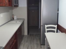 Apartament cu 3 camere in zona Catedralei-Marasesti