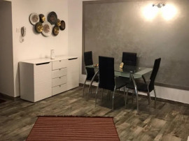 Inchiriere Apartament 3 camere zona UNIRII