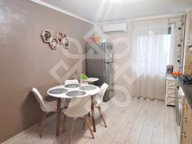 Apartament doua camere, decomandat, Bld. Decebal, Oradea