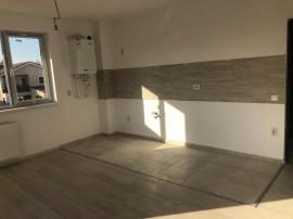 Apartament 3 camere_metrou Sector 4_stradal