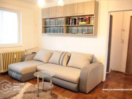 Apartament 3 camere, zona Boul Rosu, balcon spatios, garaj