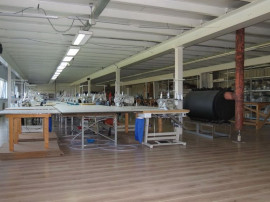 De inchiriat hala industriala si cladire birouri, loc. Si...