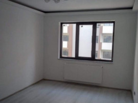 Garsonieră Coresi (ISARAN), decomandata, etaj intermediar