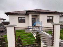 Casa noua de pe un nivel, la cheie, Nazna, Mures