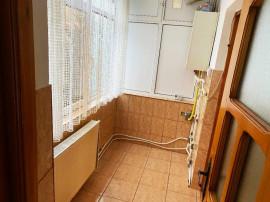 Apartament 3 camere zona Piata Mare-Ion Pillat, etajul 1