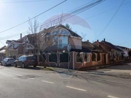 Casă / Vilă cu 6 camere de vânzare în zona Titulescu