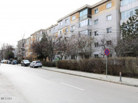 Tomis Nord - Str.Tulcei, 3 camere, 72 mp, etaj 1, centrala!