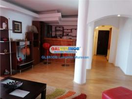 Apartament 4 camere decomandat Calea Bucuresti