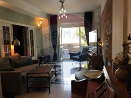 Apartament de 3 camere cu terasa spectaculoasa in Blocul ...