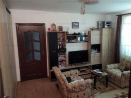 Apartament 2 camere, semidecomandat-Zona Astra