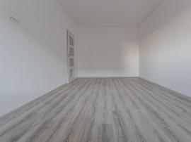 Apartament 3 camere 800 metri Metrou Berceni