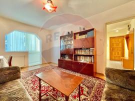Apartament 3 camere, zona Astra