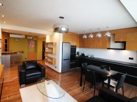 DE INCHIRIAT - Apartament cu 3 camere - Ultracentral