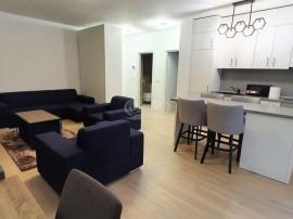 Apartament cu gradina si garaj,curatenie inclusa