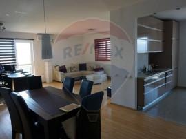 Apartament in Sibiu, cu 4 camere, foarte luminos, cu vede...