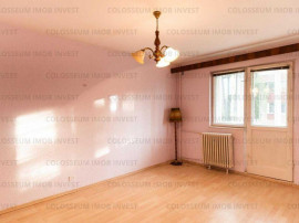 Apartament decomandat, 2 camere, etaj intermediar-Zona Astra