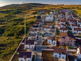 Casa individuala, teren de 802 mp, cartier de case