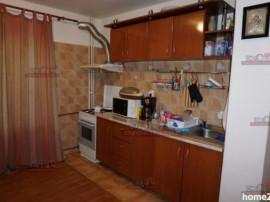 Apartament 2 camere Teiul Doamnei, bloc stradal
