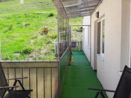 Apartament 3 camere 69 mp + terasa 28 mp Floresti,Stejarului