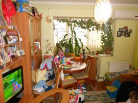 Apartament 4 camere, Circumvalatiunii Bucatarie mobilata.