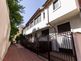 Vila strada Precupetii Vechi, Mosilor