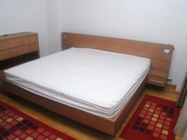 Zona Unirii,Apartament 4 camere,Mobilat.