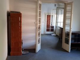 Inchiriez apartament 3 camere la casa zona Boul Rosu - 16131
