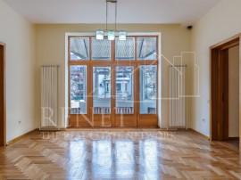 Piata Victoriei - Apartament superb nemobilat 190 mp