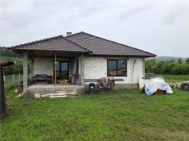 Casa regim P, 170 mp utili, 600 mp de teren, zona Unirea, se