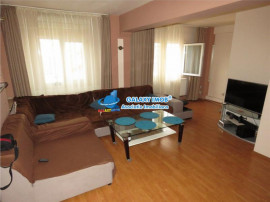 Apartament 3 camere, Ploiesti, zona Carol Davila