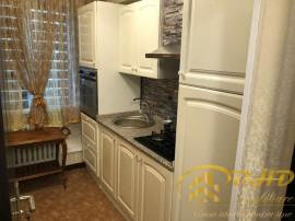 Apartament cu 2 camere, Lux, 5 min de Palas