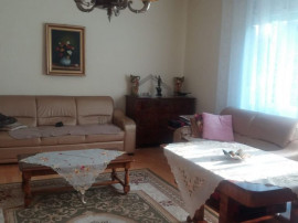3 camere, Central