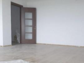 Apartament 3 camere 75mp, decomandat, stradal, Bragadiru