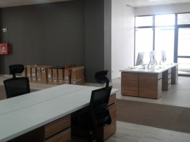 Spatii birouri 36, 100, 200, 300 mp, bld Chimiei