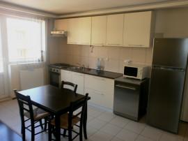 Apartament 3 camere,renovat, zona Interex