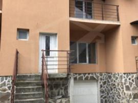Casa cu garaj, situata in Floresti, zona Florilor