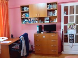 Lipovei, apartament 2 camere, dec, centrala,mobilat