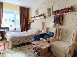 Apartament confort sporit, recompartimentat, in Gruia
